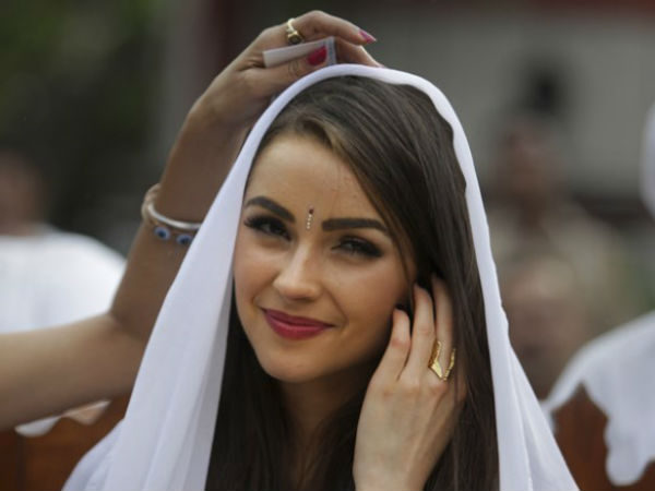 Miss Universe Olivia Culpo S India Tour