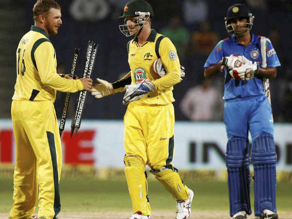 Australias Seamers Sink India