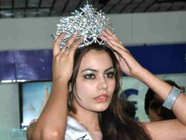 Diamond Studded In Crown Of Miss Asia Pacific Srishti Rana Has Fake