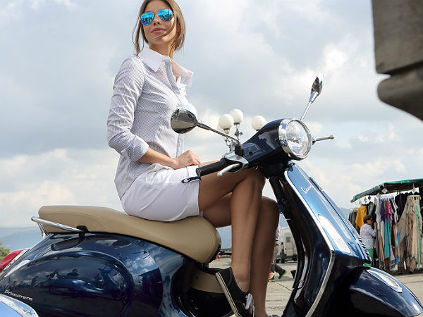 Vespa Primavera Debuts Eicma Features Images