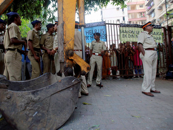 Campa Cola Society Row Bmc Gives Two Days Relief On Plea Of A Resident