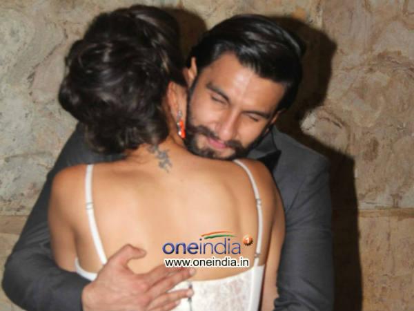 Deepika Gets Warn Hug From Ranveer At Special Screening Ram Leela
