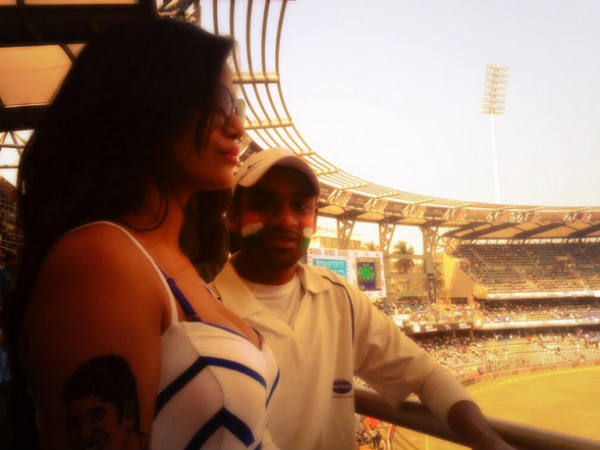 Poonam Panday Paints Sachin Tendukar Tattoo On Her Arms