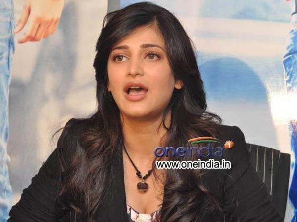 Shruti Hassan Attacked By Unknown Person At Her Apartment Mumbai