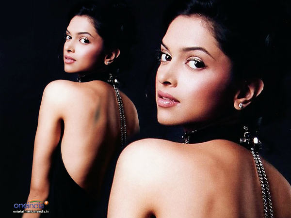 Deepika Overwhelmed With Shekhar Kapur S Compliment