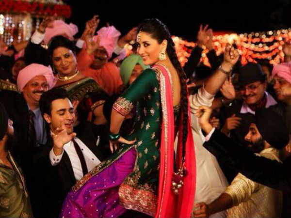 Gori Tere Pyaar Mein Movie Review