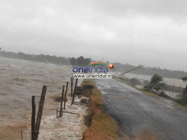 Cyclone Helen Wreaks Havoc Andhra 7 Die