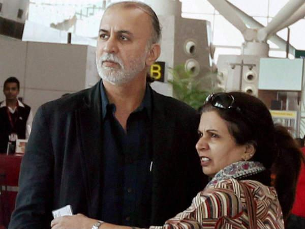 tarun-tejpal-at-airport