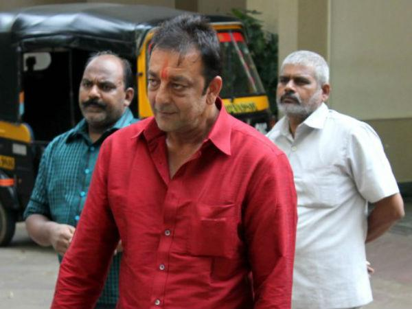 Bomb Blasts Case Sanjay Dutt Granted 30 Day Parole