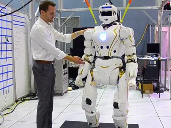 Meet Nasa S Answer Iron Man The Superhero Valkyrie Robot