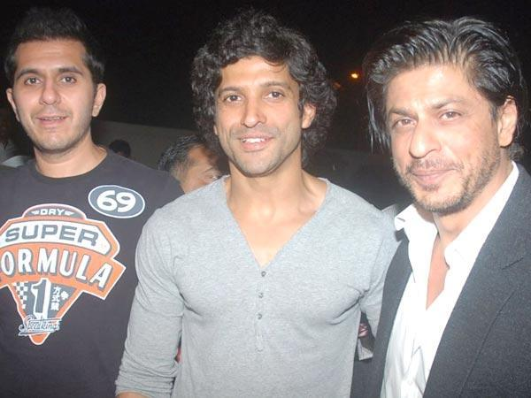 Shahrukh Khan Farhaan Akhtar Share Screen Space Dholakia Raees