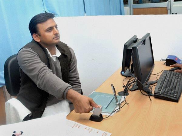 Akhilesh Yadav Election Strategy Similar To Narendra Modi