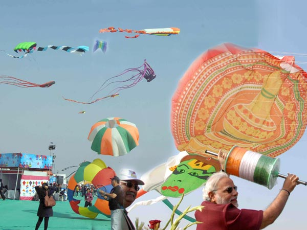 Three Days International Kite Festival 2014 At Riverfront See Pics