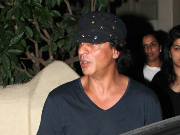Shahrukh Khan Injury Not Minor Has Fractured Shoulder