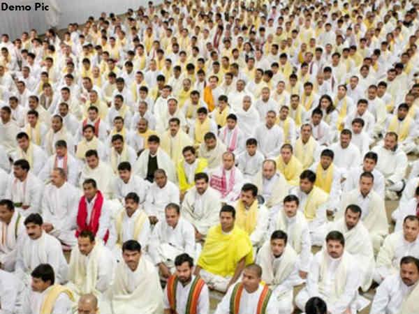Vedic Pandits Go Missing In Us