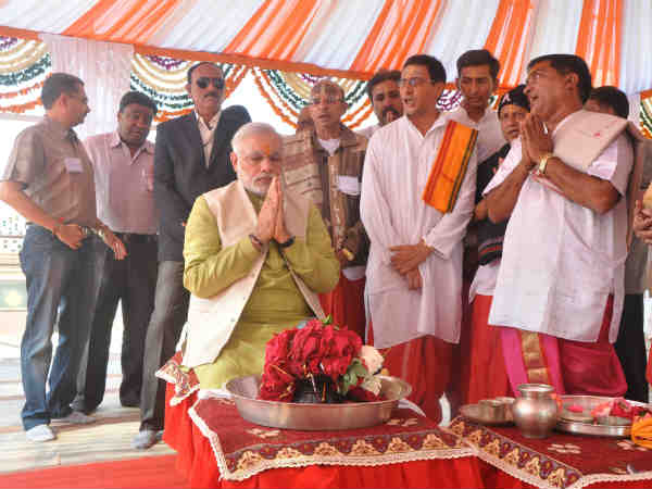 Narendra Modi Performed Puja At Somnath Temple