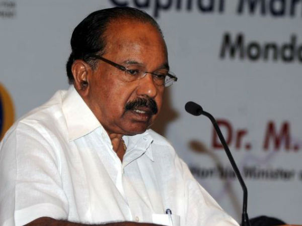Cng Prices To Be Cut By About Rs 15 Kg In Delhi Veerappa Moily