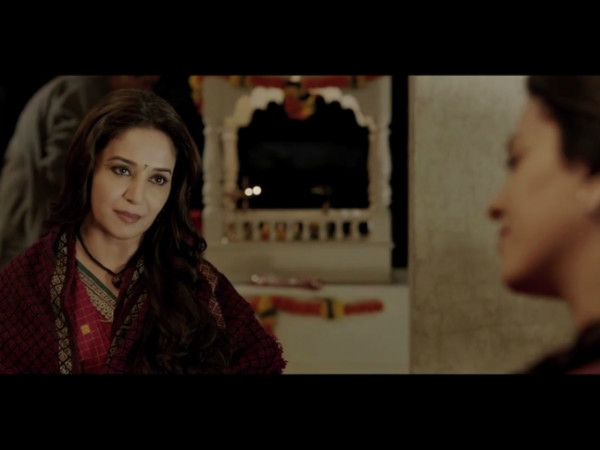 Madhuri Juhi Shares Electric Scenes Gulaab Gang