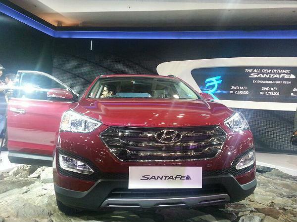 Hyundai Santa Fe 2014 Model Launched At Auto Show