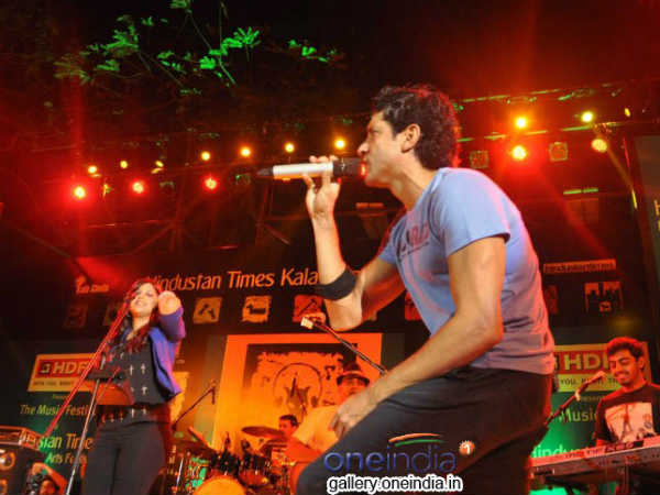 Farhaan Akhtar Live Concert For Shaadi Ke Side Effects
