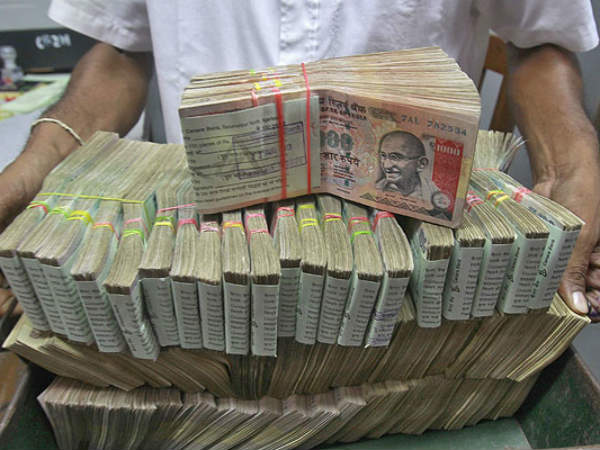 Poll Gift Upa Govt Plans Merge Da With Basic Pay