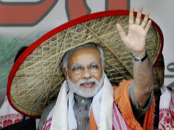 Narendra Modi Wears Different Caps