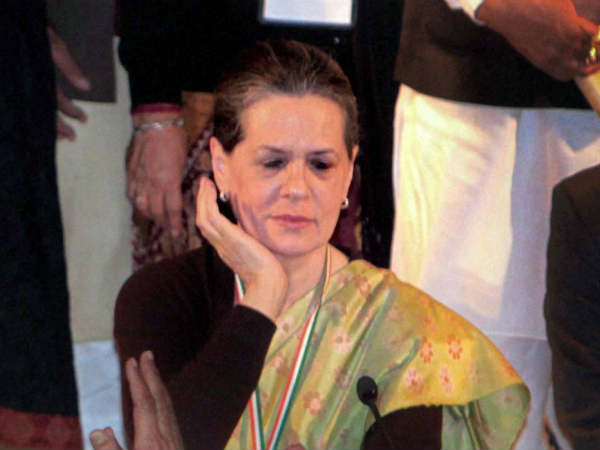 Us Court Asks Sonia Gandhi Show Passport