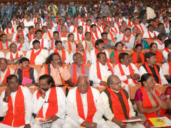 Bjp Finalises Panel Of Names For 26 Gujarat Lok Sabha Seats 016604 Lse
