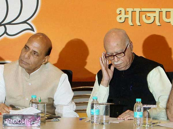 Advani Can Choose Contest From Bhopal Or Gandhinagar Says Rajnath Lse