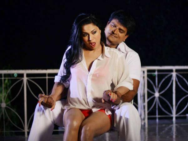 So Called Decorous Veena Malik S Dirty Form Nagna Satyam