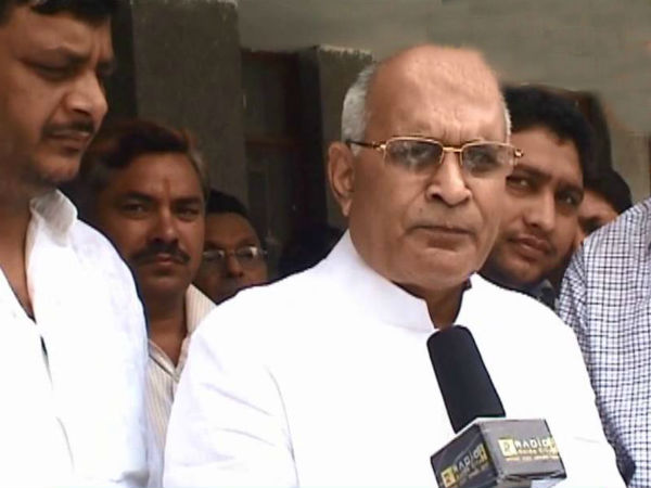 Fir Registered Against Sp Candidate Bhati For Controversial Comment Lse