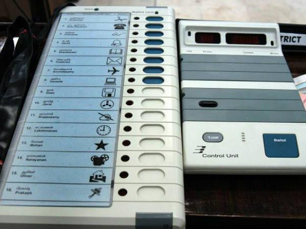 An Evm That Votes Only For Bjp Stuns Poll Staff In Assam Lse