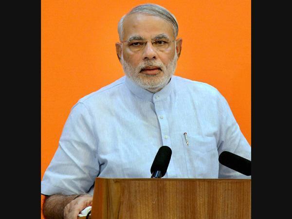 Common Man Like A Rickshaw Puller Does Not Recognise Narendra Modi Lse