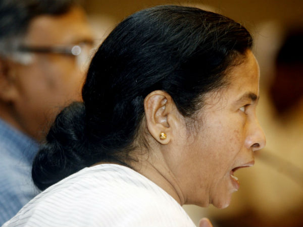 Off With Lipstick And Match The Bindi With The Saree Says Mamata Lse