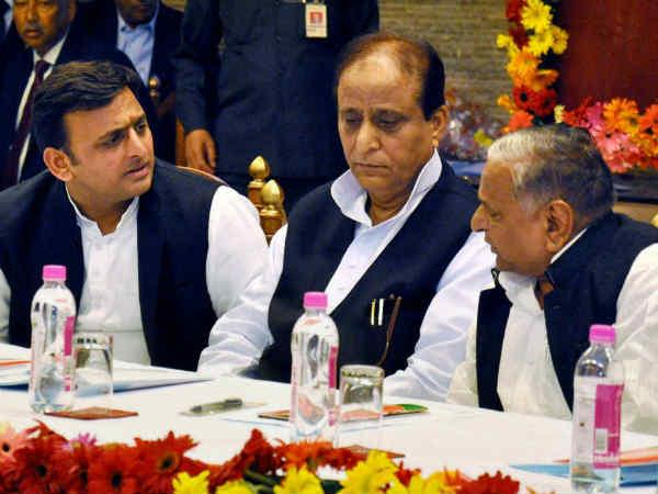 Azam Khan Has Given Controversial Statement Again Lse