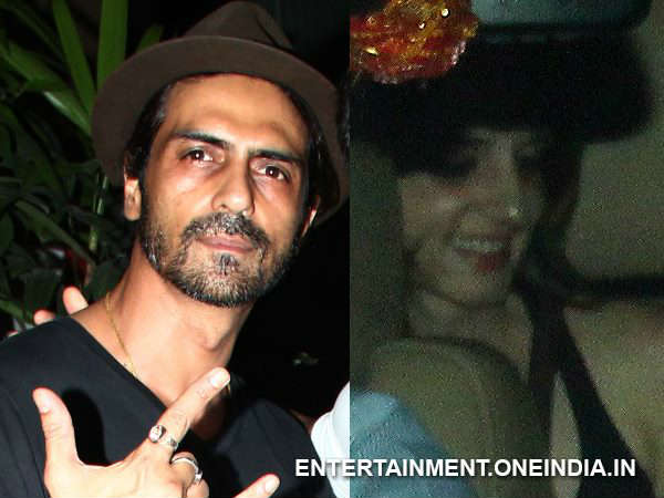 Arjun Rampal Sussanne Snapped At Resturant After Divorced Hrithik