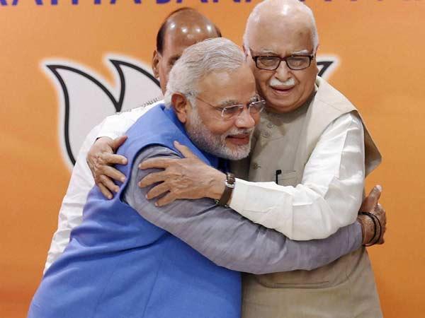 Advani Gets Emotional When Met Welcomed Modi Lse