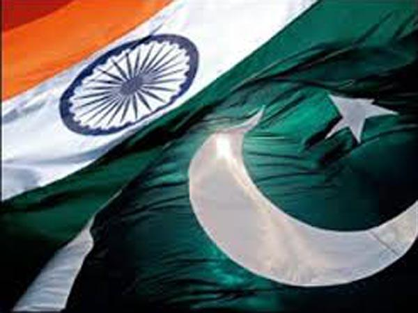 india-pakistan-flag-600