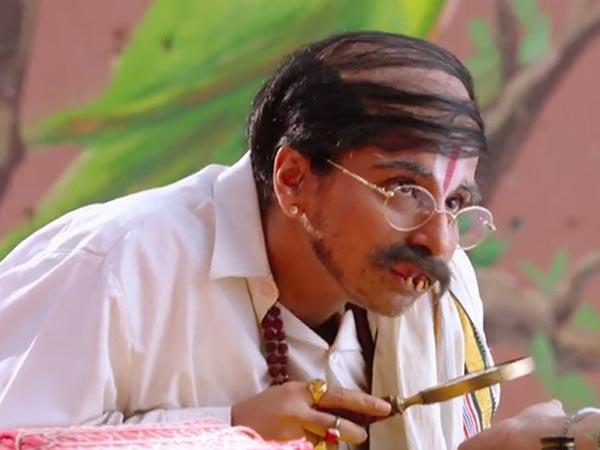 Vidya Balan Turns Maulvi Astrologer Bobby Jasoos Trailer