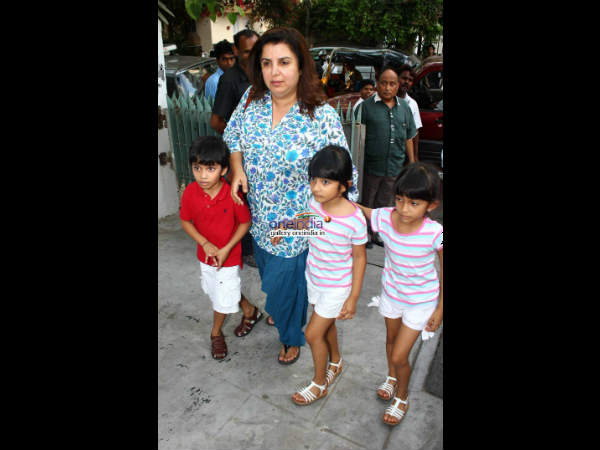 Farah Khan Outing With Kids
