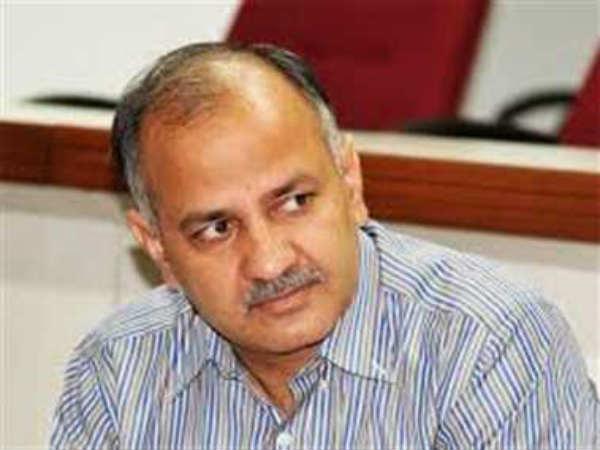 Aap S Manish Sisodia Letter Accuses Yogendra Yadav Of Gunning For Kejriwal