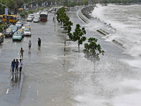 Freak Tidal Waves Flood Mumbai Shoreline