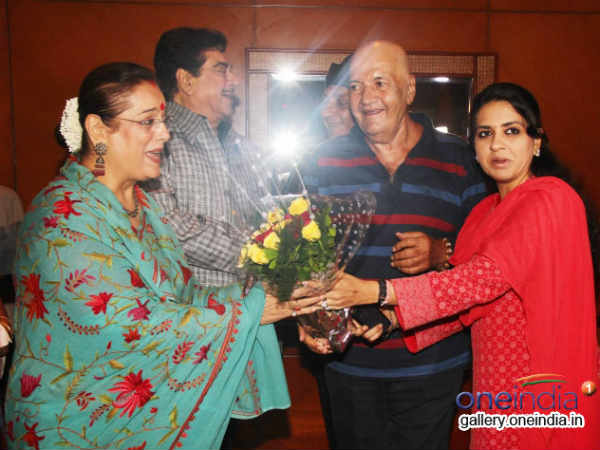 Pahlaj Nahlani Celebrates Shatrughan Sinha S Lok Sabha Election Success