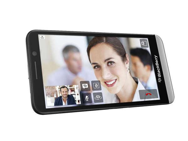 Blackberry Offers Rs 5000 Cash Back On Z
