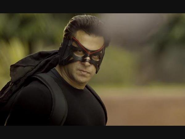 Kicked Salman Khan Hand Bomb Attack On Cinema House Pakistan