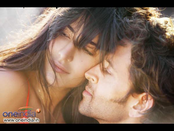 View Poster Hrithik Roshan Katrina Kaif Bollywood Movie Bang Bang