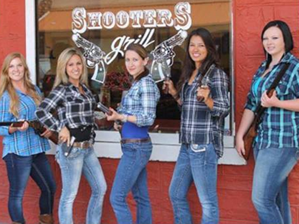 Waitress This Restaurant New York Take Your Order With Gun Hip