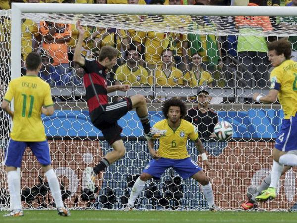 World Cup 2014 Germany Annihilate Brazil 7 1 Enter Final