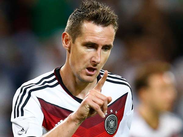 Klose Breaks Ronaldo S World Cup Scoring Record