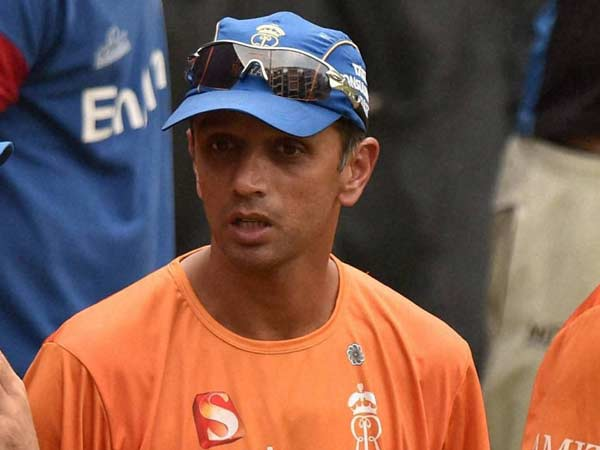 Dhoni Right Man Lead Kohli S Time Will Come Dravid